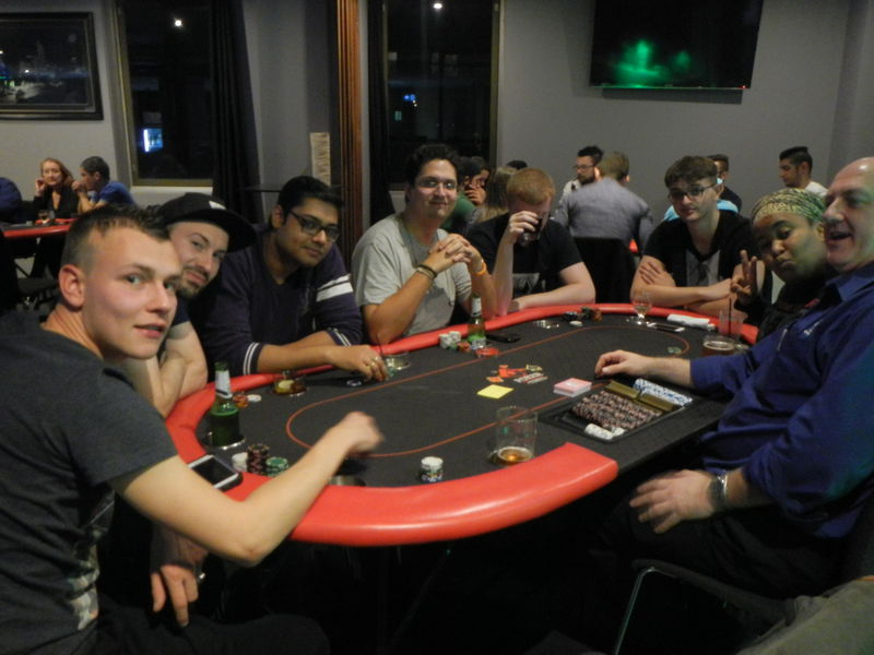 Poker live Indonesia