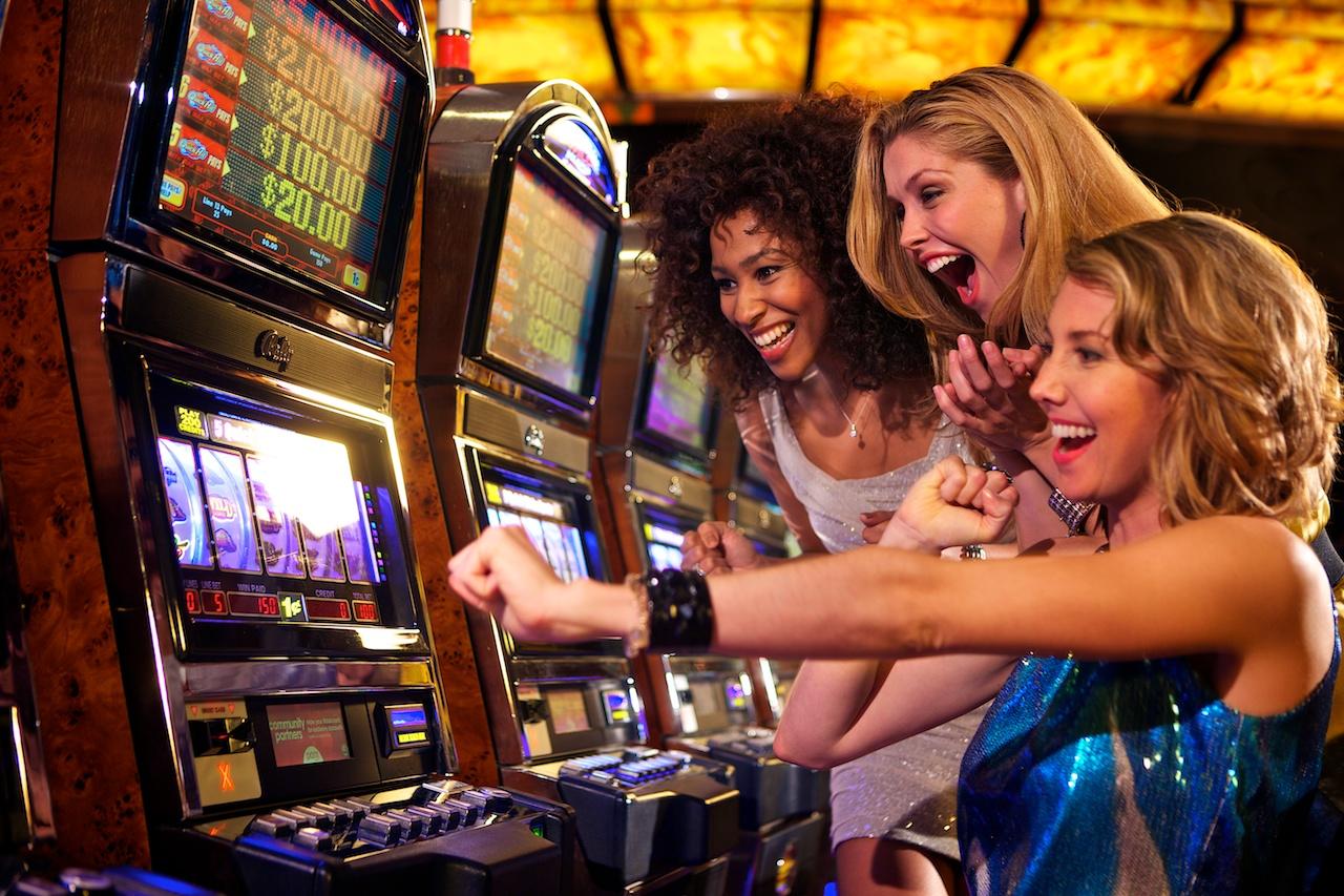 Playing Slots2
