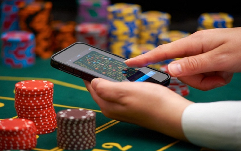 Playing Online Casino Games 2