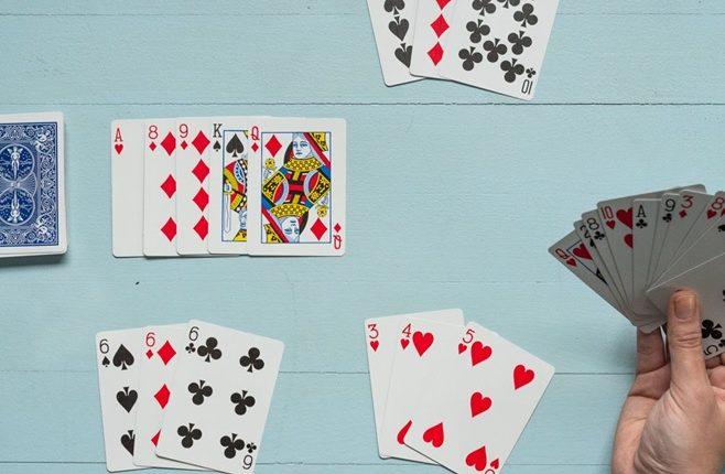 Thai Gambling Card Game of Pok Deng